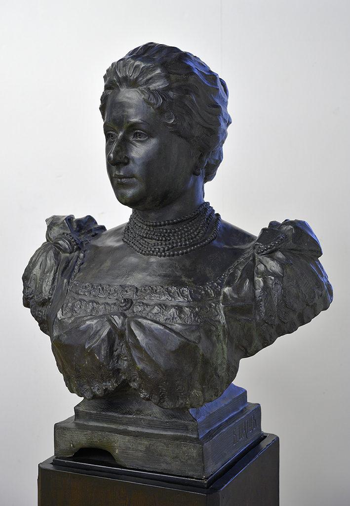 Boris Schatz (1866–1932) <br> Bust of Elena Tantilova, 1897